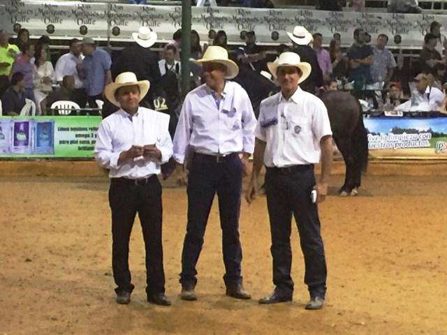 De Izquiera a derecha  Los Jueces Fedequinas Dr Henry Beltran, Juan Vasquez y el Dr Jorgq Eduardo Duque